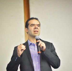 Dr. José Neto Resende Barros Neto