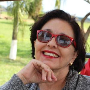 Angela Maria de Melo Garcia